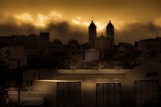 A luz e as trevas | Perdões | Junior Amojr