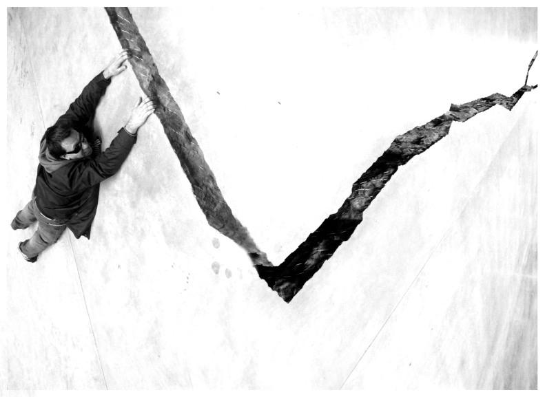 me hanging on shibboleth or doris's crack  |  London  | R.Cambusano