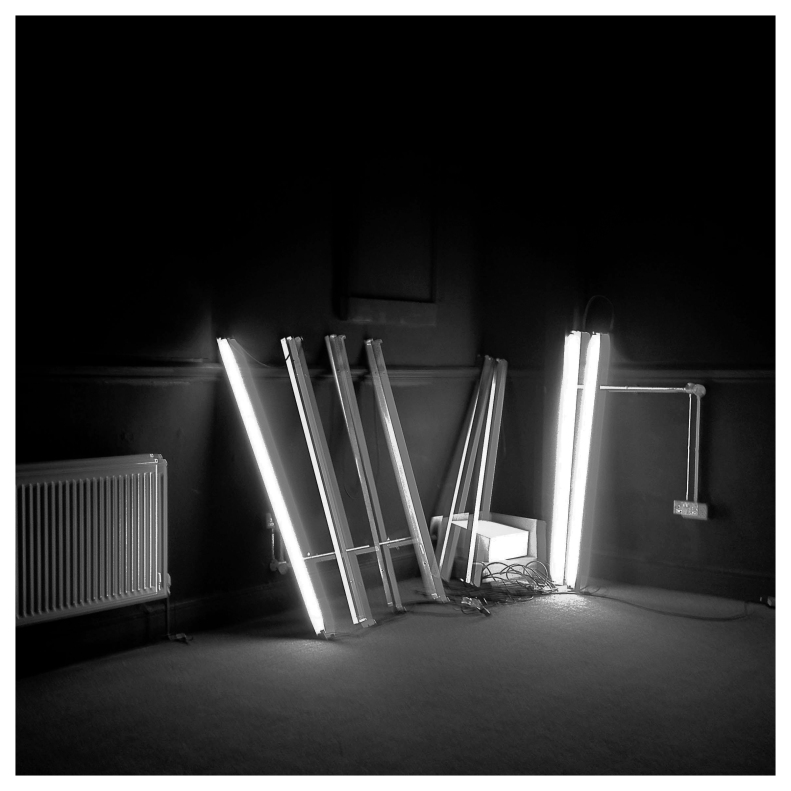 unbalanced electric charges 1:2:3  | London  | R.Cambusano