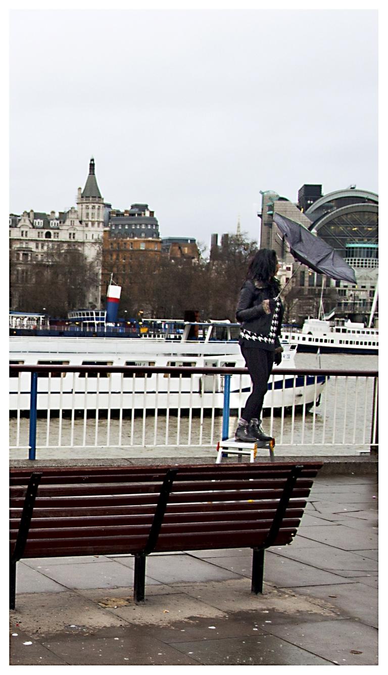 parapluie cassé  |  London  | R.Cambusano