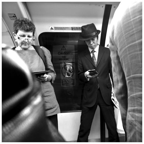 How do I kill Sam at the art exhibition ?  | London  | R.Cambusano