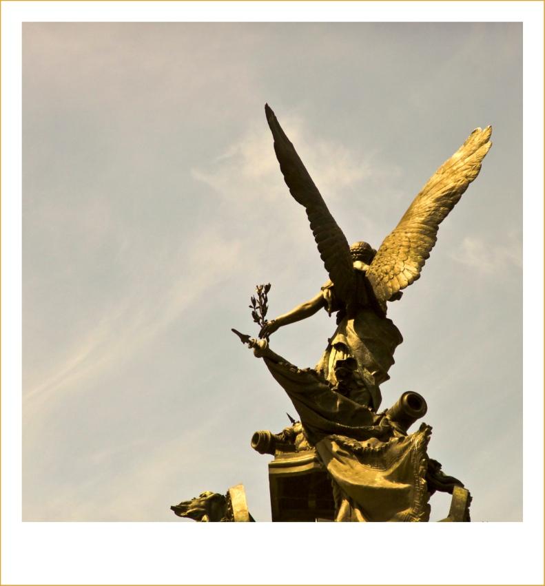 between Heaven and Earth | Jacarei | R.Cambusano