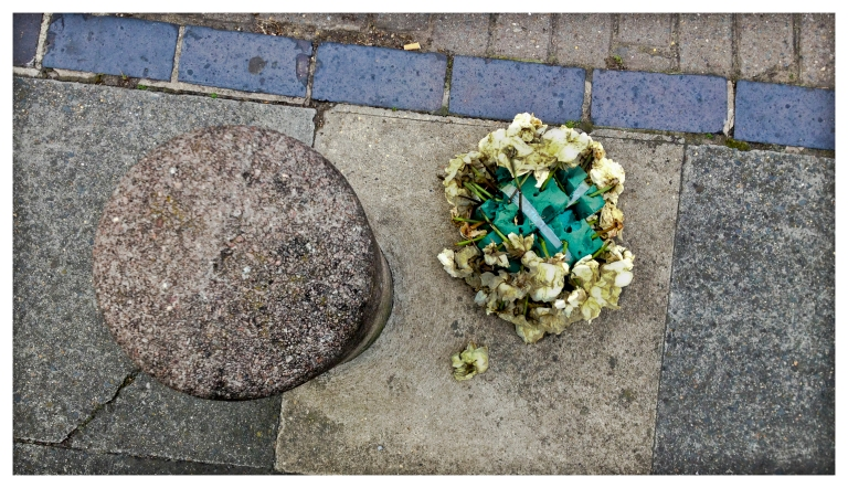 dead flowers | London | R.Cambusano
