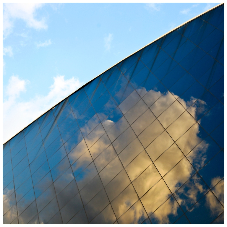 sky reflected | London | R.Cambusano