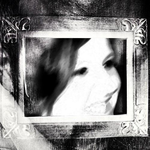 frame | webland | Gabriela Canale