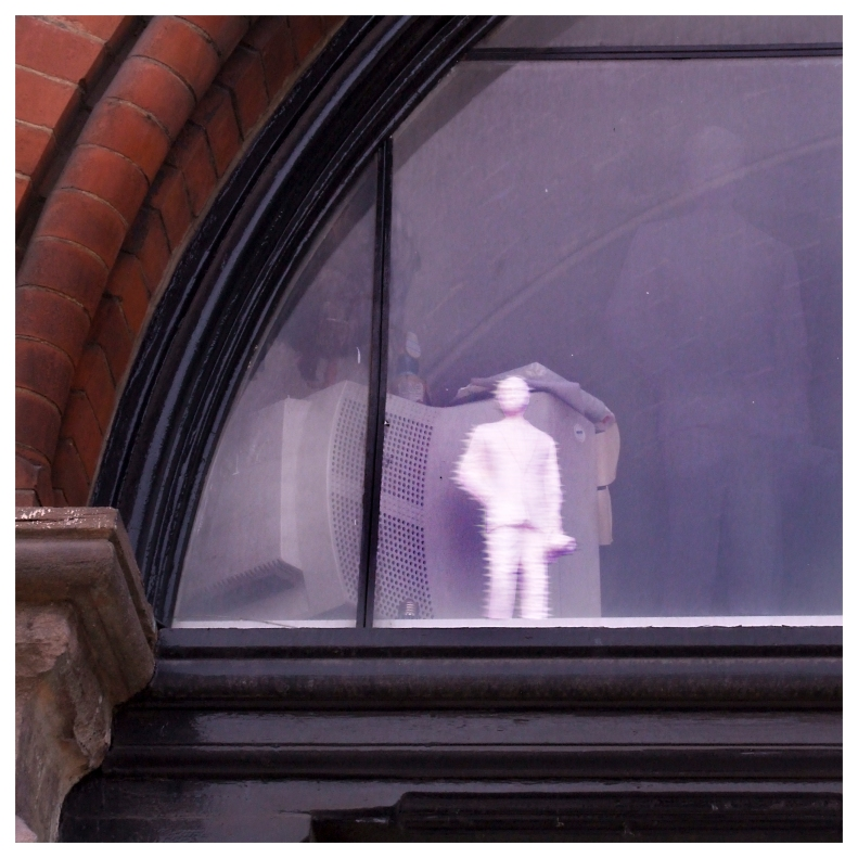 invisible presence to translucent lifelike vision  | London  | R.Cambusano