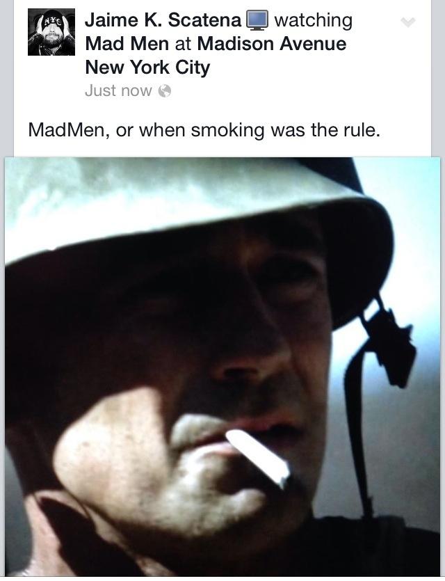 Having a cigarette | New York | Jaime Scatena